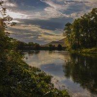 Вечером у реки... :: Альмира Юсупова