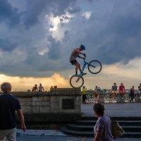 Элемент шоу на велосипеде :: Witalij Loewin
