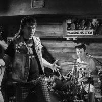 rock n roll :: Роман Шершнев