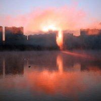 Рассвет на Москве-реке :: Михаил Бибичков
