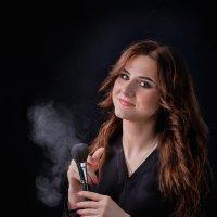 Портрет девушки 2 :: Roman Sergeev