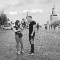 двое на площади :: Александр Шурпаков