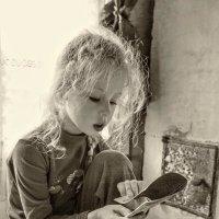 Дядя Вася Денисюк как-то раз включил утюг... :: Ирина Данилова