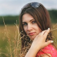Маруся на фотопрогулке :: Same OldName