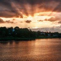 закат на р.Великой (г.Псков) :: Анна Семенова