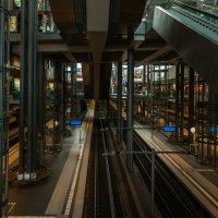 Вокзал :: Вадим Жирков
