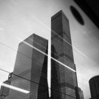 При аварии разбить стекло молотком :: Юрий Кольцов