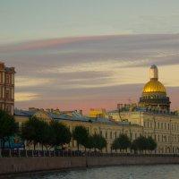 Вечер в городе :: Николай Танаев
