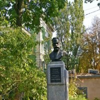 памятник А.М. Ляпунову :: Александр Корчемный
