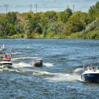 Парад моторных лодок :: Marina Timoveewa