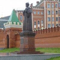 Памятник Фёдору Иоанновичу :: Наиля