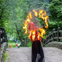 Шоу огня. :: Александр Лейкум