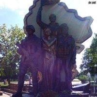 """Памятник """"Они воевали за Родину!"""" в Луганске :: Наталья (ShadeNataly) Мельник"""