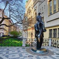 Памятник Кафке :: Владимир Брагилевский