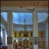 в сельском храме :: Дмитрий Анцыферов