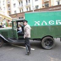 Хлебный фургон :: Дмитрий Никитин