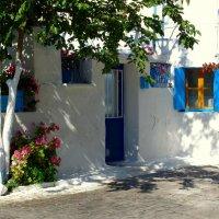 Старый традиционный дом на острове Эгина в Греции. :: Оля Богданович