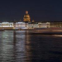 Ночь над Невой :: Valeriy Piterskiy