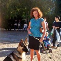 С хозяйкой на поводке :: Нина Корешкова