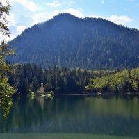 Озеро Изумрудное :: Геннадий Ячменев