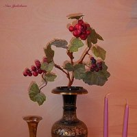Виноградная лоза и свечи :: Nina Yudicheva
