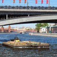 река работает и в праздники :: Олег Лукьянов