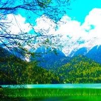озеро Рица в Абхазии :: Таня