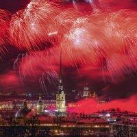 Праздничный салют в Санкт-Петербурге :: Игорь Маснык