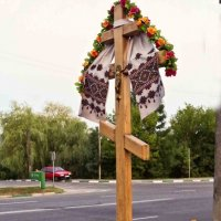 крест у дороги :: юрий иванов