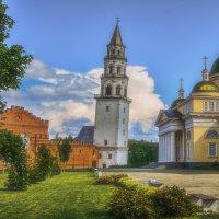 Невьянская падающая башня :: vladimir Bormotov