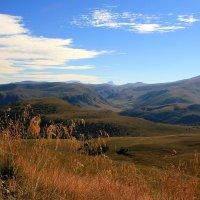 Осеннее утро в горах Приэльбрусья :: Vladimir 070549