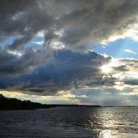 Осень на Каме :: Валерий Рыжов