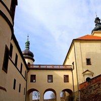 Замок Костелец-над-Черними-Леси в Чехии :: Денис Кораблёв