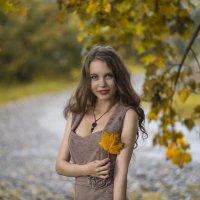 Осенний портрет :: Женя Рыжов