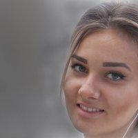 Я красива? :: Василий Голод