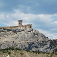 Генуэзская крепость :: Наталья Покацкая