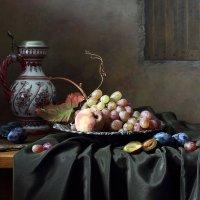 С виноградом и сливами :: Елена Татульян