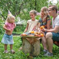 Сколько я съела этих яблок? :: Ирина Данилова