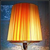Старая лампа :: Михаил Малец