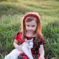 Мила и кот Белок :: Natasha Kramar