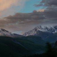 Северо-Чуйский хребет. Вечер :: Виктор Четошников