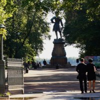 Памятник основателю :: Ирина Шурлапова