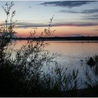 На озере :: Елена Исхакова