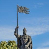 Памятник Александру Невскому в Малом Китиже :: Сергей Тагиров