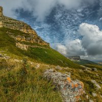 Скалистый хребет на перевале Гум-Баши :: Аnatoly Gaponenko