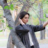 Прогулка в парке :: Юлия Ваулина