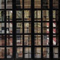 Окно окна в окне :: Людмила Синицына