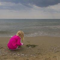 Пасмурно на море :: Юля Колосова