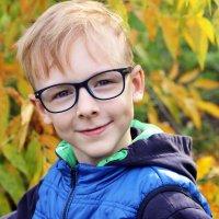 Осенний мальчик :: Александр Алексеев