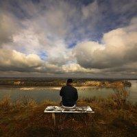 Сидя на берегу Оби :: Сергей Жуков